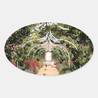 Adesivo Oval Jardim inglês velho