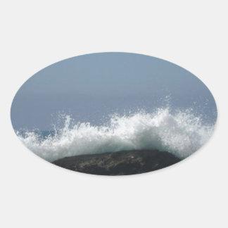 Adesivo Oval Ondas de oceano
