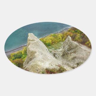 Adesivo Oval Penhascos de giz na ilha Ruegen