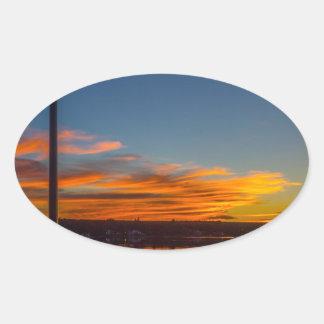 Adesivo Oval Por do sol da baía de Liverpool
