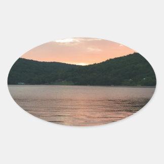 Adesivo Oval Por do sol na água