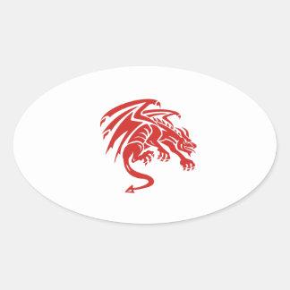 Adesivo Oval Silhueta de agachamento da gárgula do dragão retro