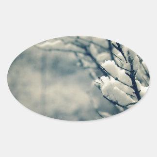 Adesivo Oval Tapete do rato nevado da árvore