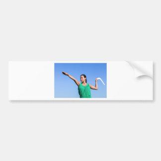 Adesivo Para Carro Bumerangue de jogo da mulher holandesa no céu azul