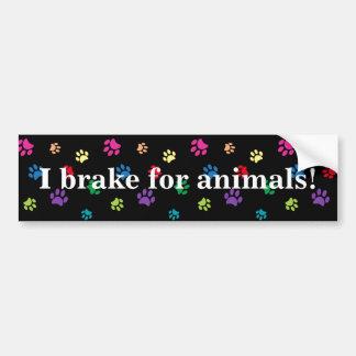 """Adesivo Para Carro """"Eu travo para animais!"""" Patas pintadas arco-íris"""