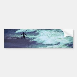 Adesivo Para Carro Homem em ondas do mar