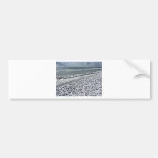 Adesivo Para Carro Litoral de uma praia em um dia nebuloso no verão