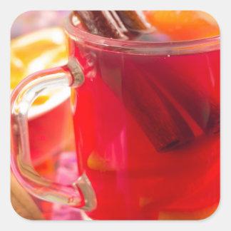 Adesivo Quadrado A caneca transparente com citrino mulled o vinho,