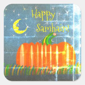 Adesivo Quadrado Abóbora de Samhain sob a lua & a rua do vintage