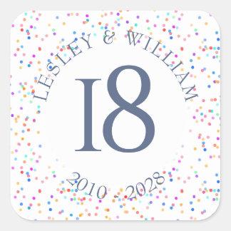 Adesivo Quadrado Alguns confetes do arco-íris do aniversário