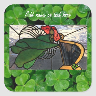 Adesivo Quadrado Anjo irlandês no vitral no trevo