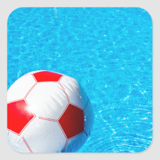 Adesivo Quadrado Bola de praia que flutua na água na piscina