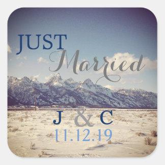Adesivo Quadrado Casamento no inverno de Teton do recem casados