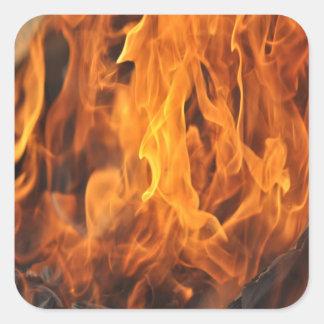 Adesivo Quadrado Chamas - demasiado quentes a segurar