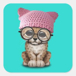 Adesivo Quadrado Chita bonito Cub que veste o chapéu do bichano