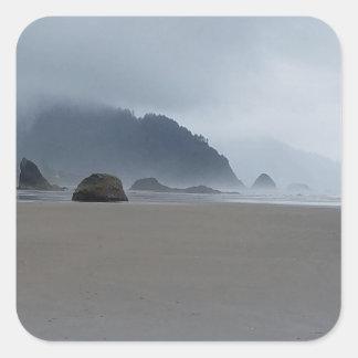 Adesivo Quadrado Costa de Oregon do ponto do abraço em um dia