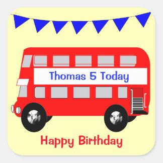 Adesivo Quadrado Feliz aniversario do ônibus vermelho grande dos