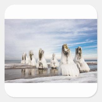 Adesivo Quadrado Groynes na costa de mar Báltico