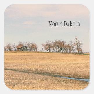 Adesivo Quadrado Herdade abandonada da pradaria em North Dakota #3B