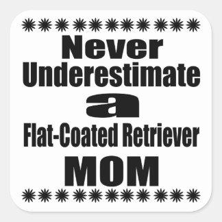 Adesivo Quadrado Nunca subestime mamã Liso-Revestida do Retriever