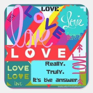 Adesivo Quadrado O amor é o desordem da resposta