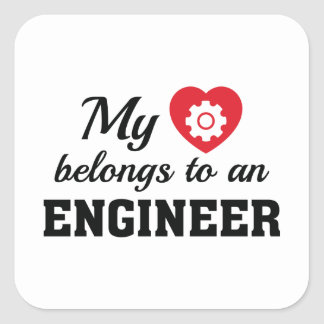 Adesivo Quadrado O coração pertence engenheiro