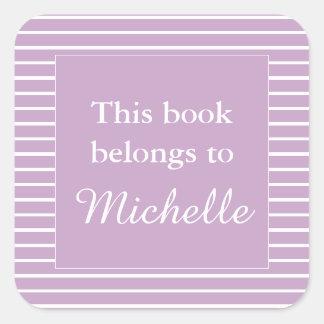 Adesivo Quadrado O Lilac feito sob encomenda este livro pertence à