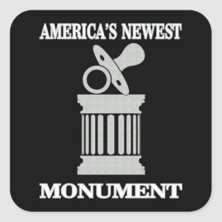 Adesivo Quadrado O monumento o mais novo do humor | América