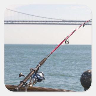 Adesivo Quadrado Pesca Rod no cais em San Francisco Bay