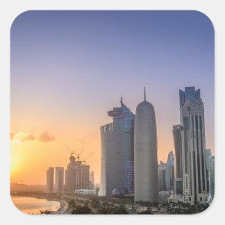 Adesivo Quadrado Por do sol sobre a cidade de Doha, Qatar