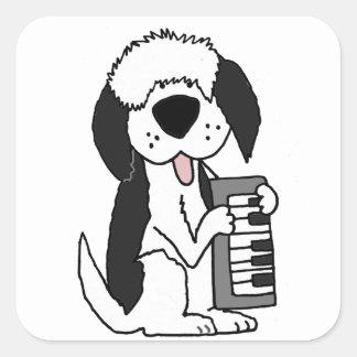 Adesivo Quadrado Sheepdog inglês velho engraçado que joga o teclado