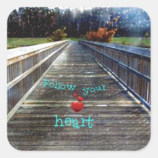 Adesivo Quadrado Siga seu coração através da ponte na luz