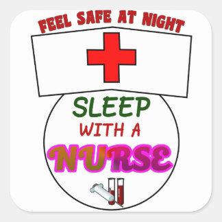 Adesivo Quadrado sinta a enfermeira segura do sono da noite,