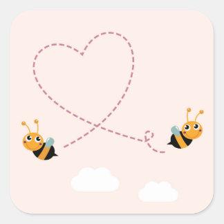 Adesivo Quadrado T-shirt dos DESENHISTAS com abelhas do amor