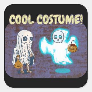 Adesivo Quadrado Traje do fantasma e do esqueleto