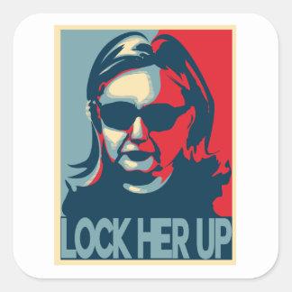 Adesivo Quadrado TRAVE SUA Anti-Hillary ASCENDENTE