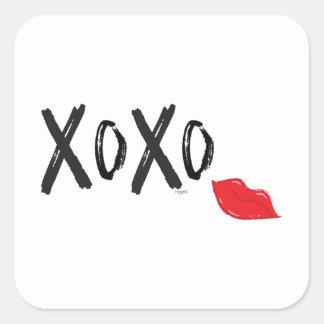 Adesivo Quadrado XoXo-Abraço-Beijo-com-Vermelho-Lábios