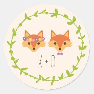 Adesivo Redondo A floresta lunática Foxes o casamento do marfim