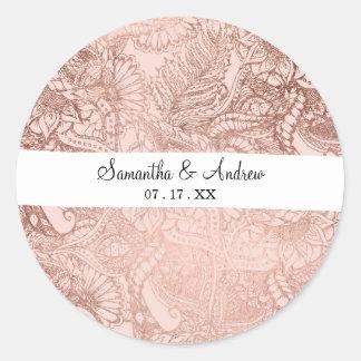 Adesivo Redondo A mão cor-de-rosa na moda do ouro tirada floresce