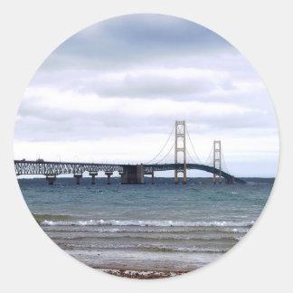 Adesivo Redondo A ponte de Mackinac