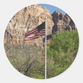 Adesivo Redondo Bandeira americana no parque nacional II de Zion