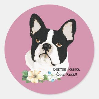 Adesivo Redondo Boston Terrier, no malva com floral