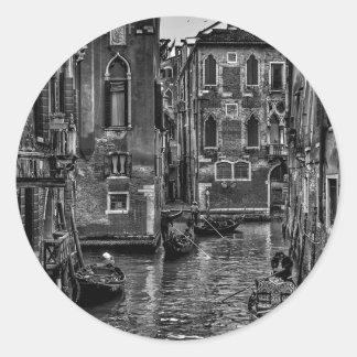 Adesivo Redondo Canal do barco da gôndola de Veneza Italia