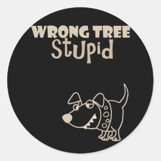 Adesivo Redondo Cão engraçado dos desenhos animados que descasca