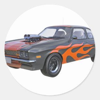 Adesivo Redondo carro do músculo dos anos 70 com chama alaranjada
