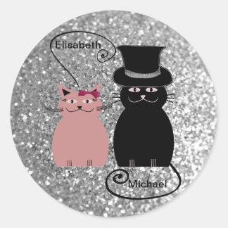 Adesivo Redondo Casal Glittery do amor dos gatos dos desenhos