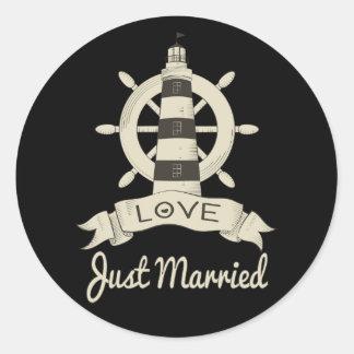 Adesivo Redondo Casamento náutico do farol de Tan do recem casados