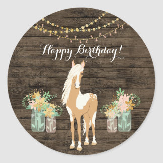 Adesivo Redondo Cavalo bonito e aniversário de madeira rústico das