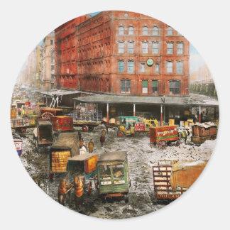 Adesivo Redondo Cidade - New York NY - colada em uma rotina 1920