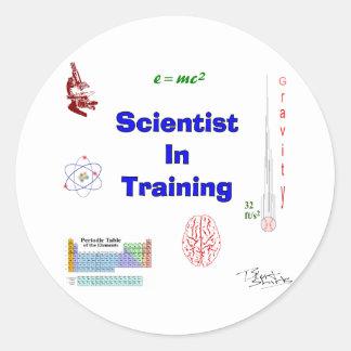 Adesivo Redondo Cientista no treinamento